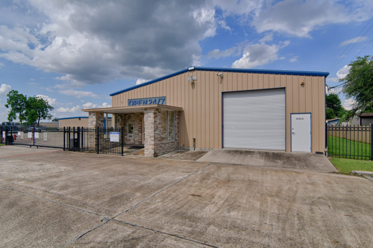 Baytown Boat & RV storage facility in Baytown, TX.