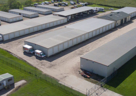 Guardian Self Storage facility in Rosharon, TX.
